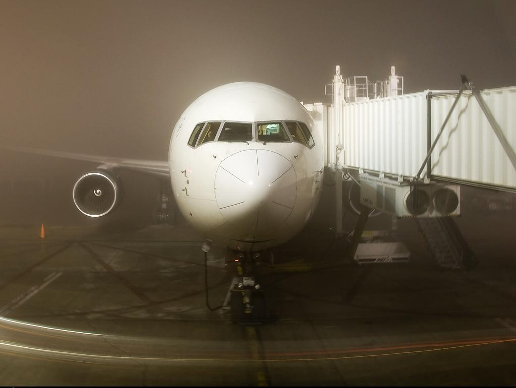 Low Visibility Operations – Boeing 777